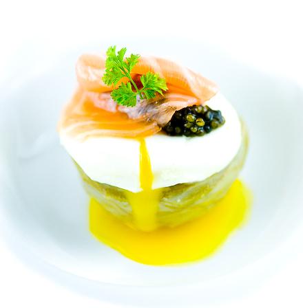 "<strong>Get the <a href=""http://www.zencancook.com/2010/12/artichoke-heart-salmon-cream-poached-egg-smoked-scottish-salmon-os"