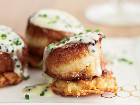 """<strong>Get the <a href=""""http://www.huffingtonpost.com/2011/10/27/scallops-with-potato-panc_n_1058673.html"""" target=""""_blank"""">S"""