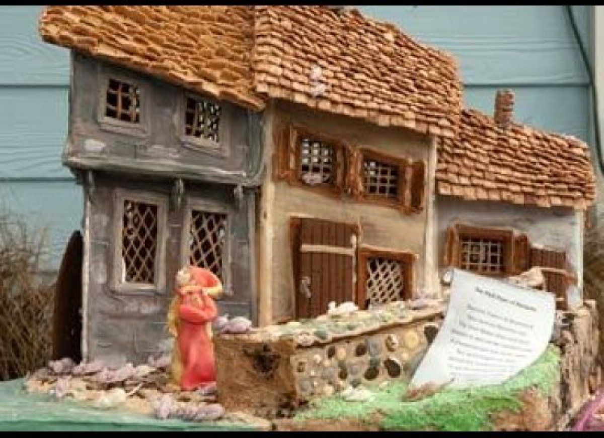<strong>Location:</strong> The New York Botanical Garden's 2009 Gingerbread Adventures (Bronx, NY)<br> The mother-daughter d