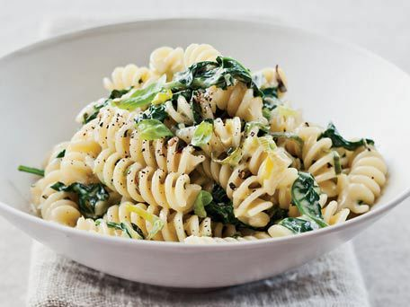 "<strong>Get the <a href=""http://www.huffingtonpost.com/2011/10/27/fusilli-with-creamed-leek_n_1058400.html"">Fusilli with Crea"