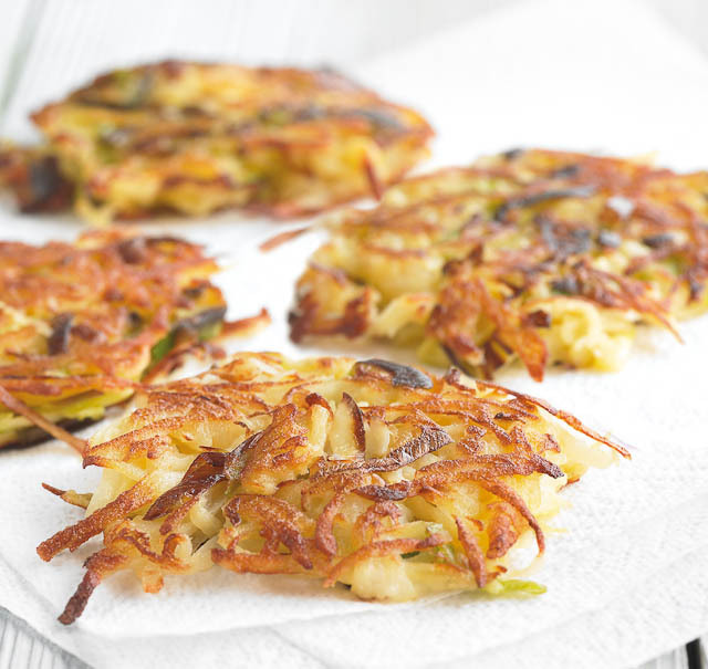 "<strong>Get the <a href=""http://www.steamykitchen.com/10829-potato-and-leek-rosti.html"">Potato and Leek Rosti recipe from Ste"