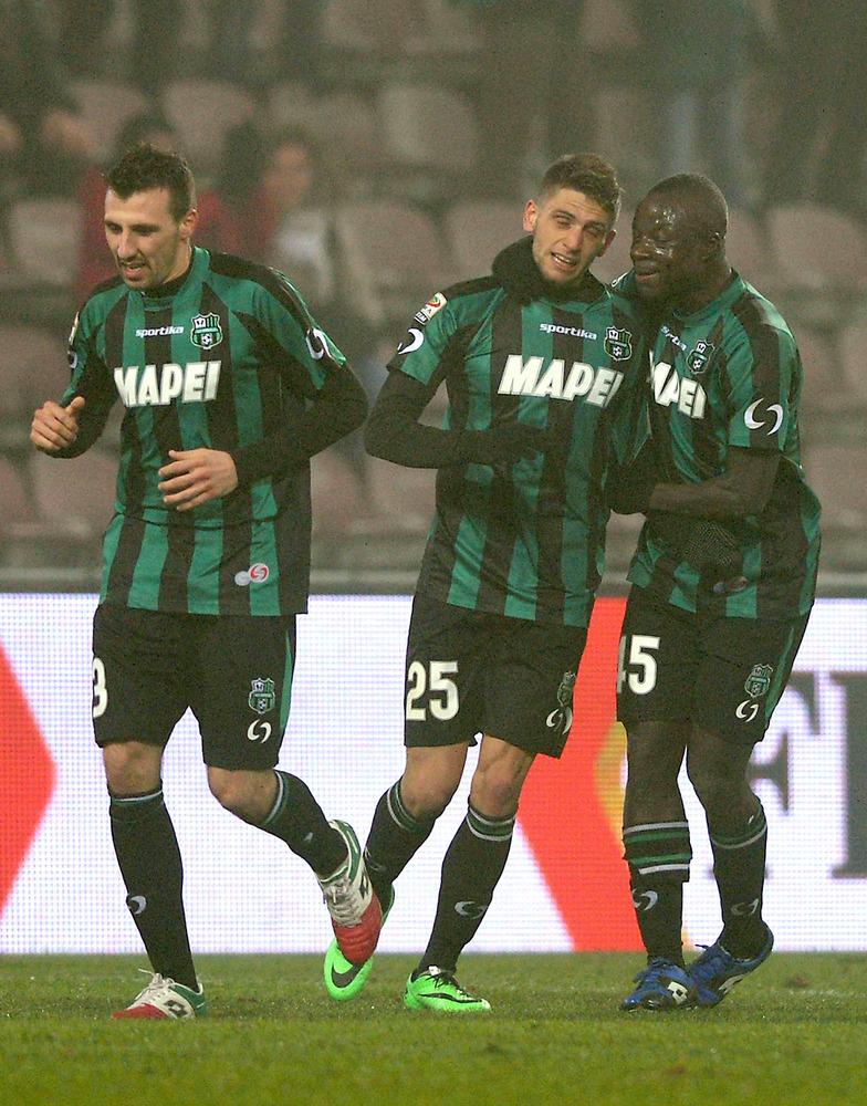 SASSUOLO, ITALY - JANUARY 12:  Domenico Berardi of US Sassuolo Calcio  #25 celebrates scoring the third goal during the Serie