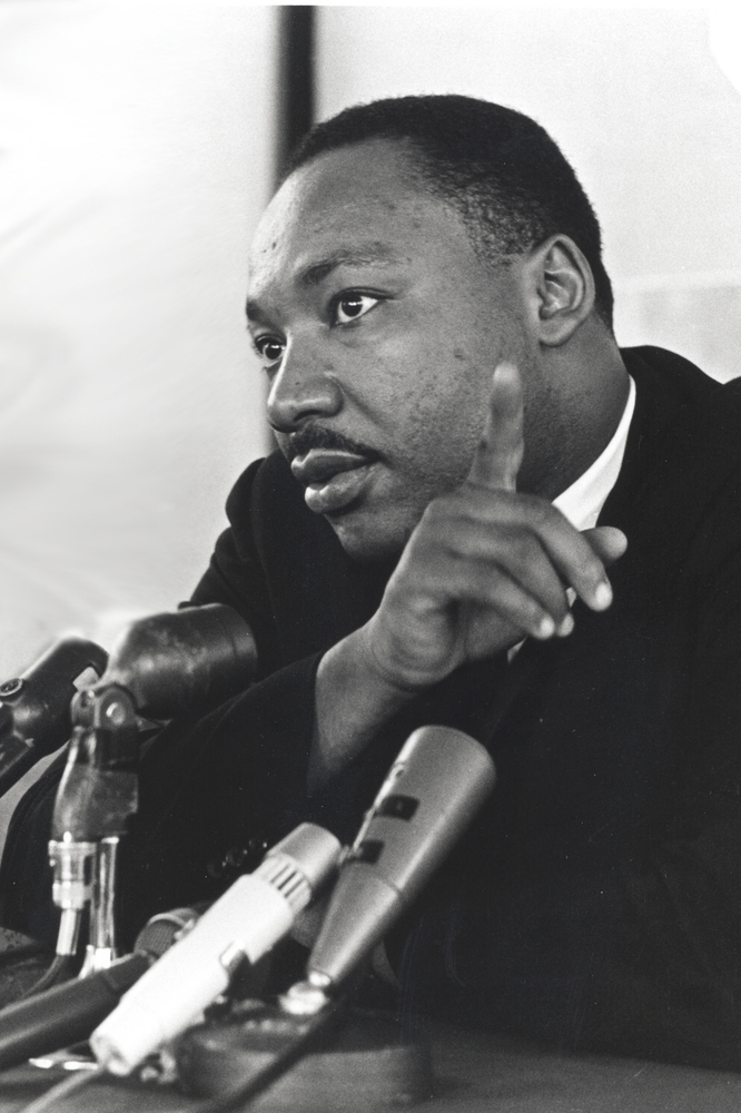 bu martin luther king scholarship essay The first beloved community essay contest  2015 background in partnership with the michigan roundtable, the beloved community is implementing its first dr martin luther king essay contest.