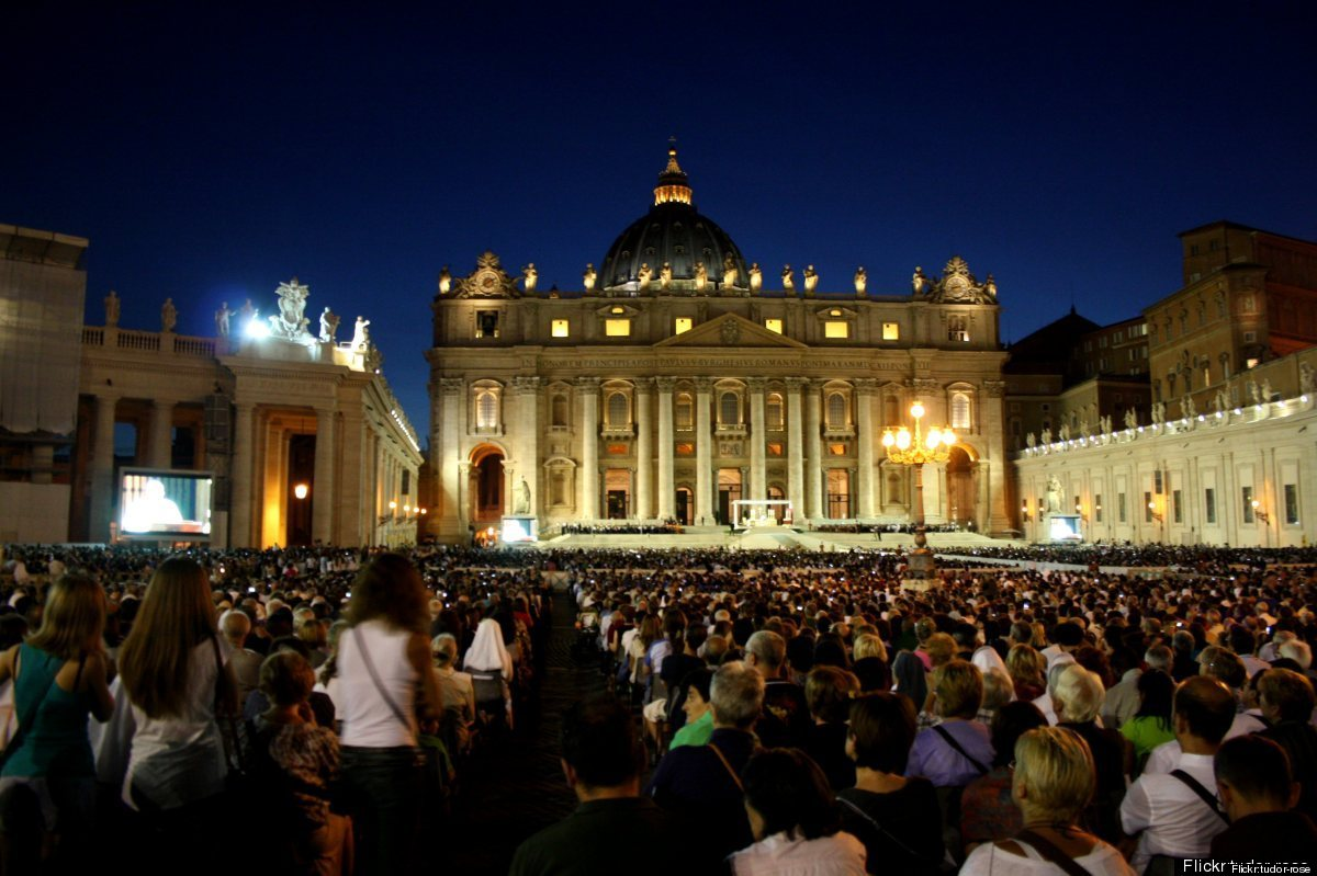 """<a href=""""http://www.dreamofitaly.com/public/Rome-Italy-Travel-Articles.cfm"""">Rome</a> is the place to be these days. Tourism w"""