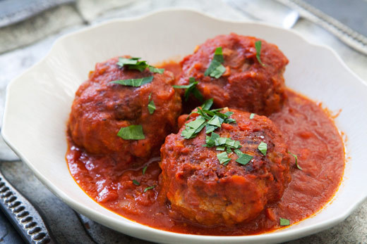 """<strong>Get the <a href=""""http://www.simplyrecipes.com/recipes/italian_meatballs/"""">Italian Meatballs recipe from Simply Recipe"""