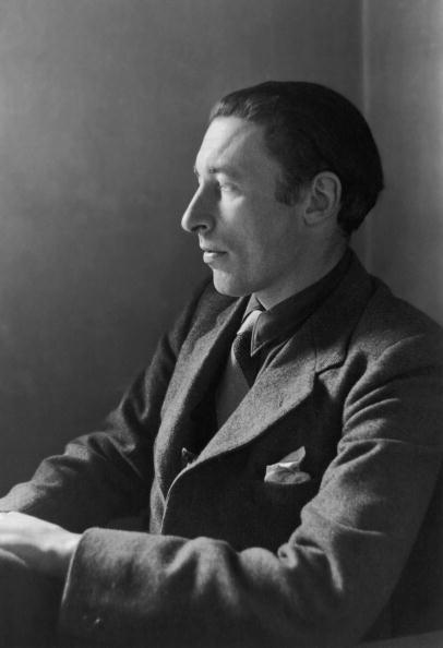 Both born in 1907, <strong>Louis MacNeice</strong> and <strong>W. H. Auden</strong> met at Oxford University in 1926. In 1937