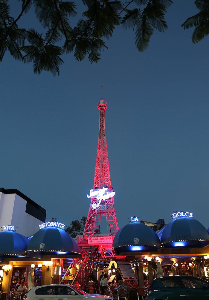 A tower resembling Paris's Eiffel Tower in Brisbane.