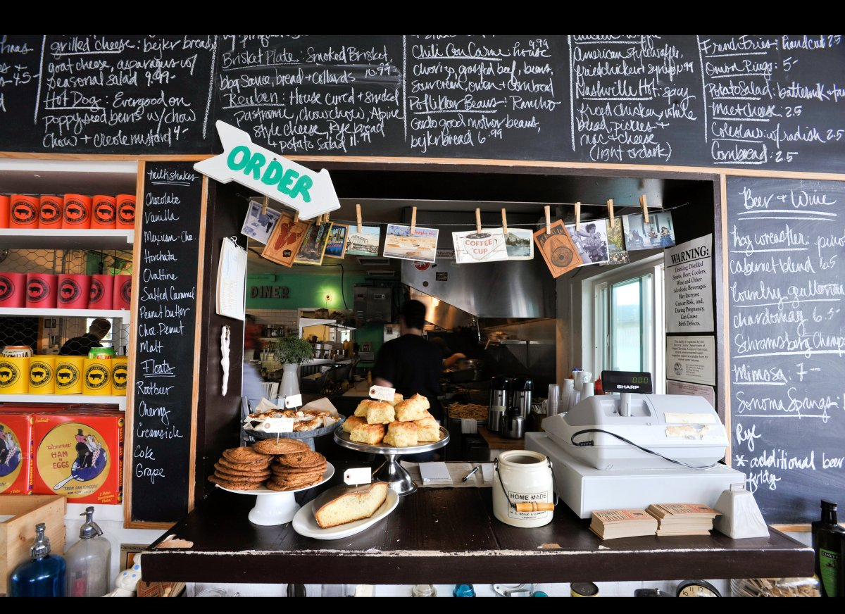 "<strong><a href=""http://www.foodandwine.com/slideshows/americas-best-diners#!slide=7"" target=""_blank"">See More of America's B"