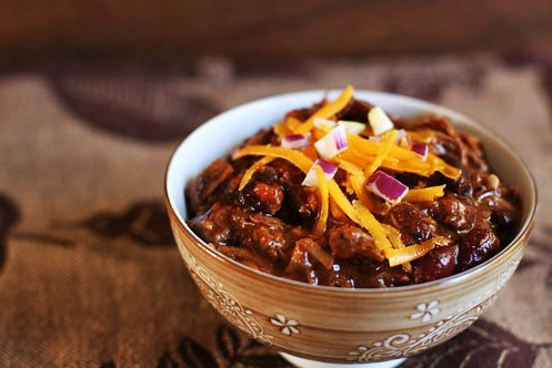 """<strong>Get the <a href=""""http://www.simplyrecipes.com/recipes/chili_con_carne/"""" target=""""_blank"""">Chili Con Carne recipe from S"""