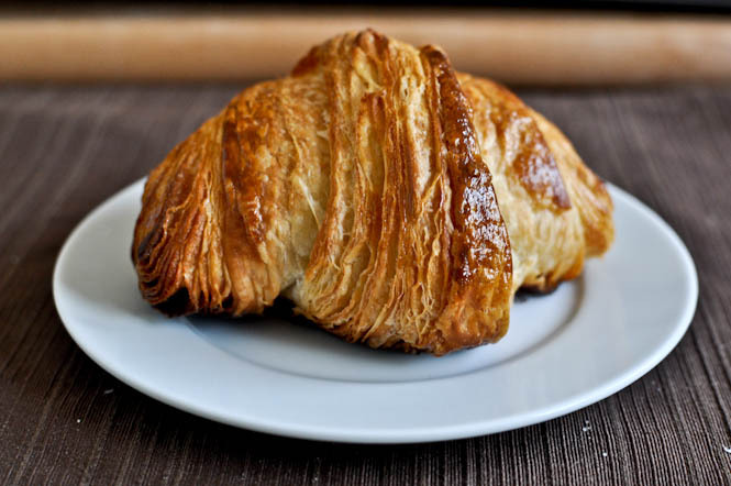 "<strong>Get a <a href=""http://www.howsweeteats.com/2011/09/how-to-make-croissants-and-lose-your-mind-while-doing-it/"" target="