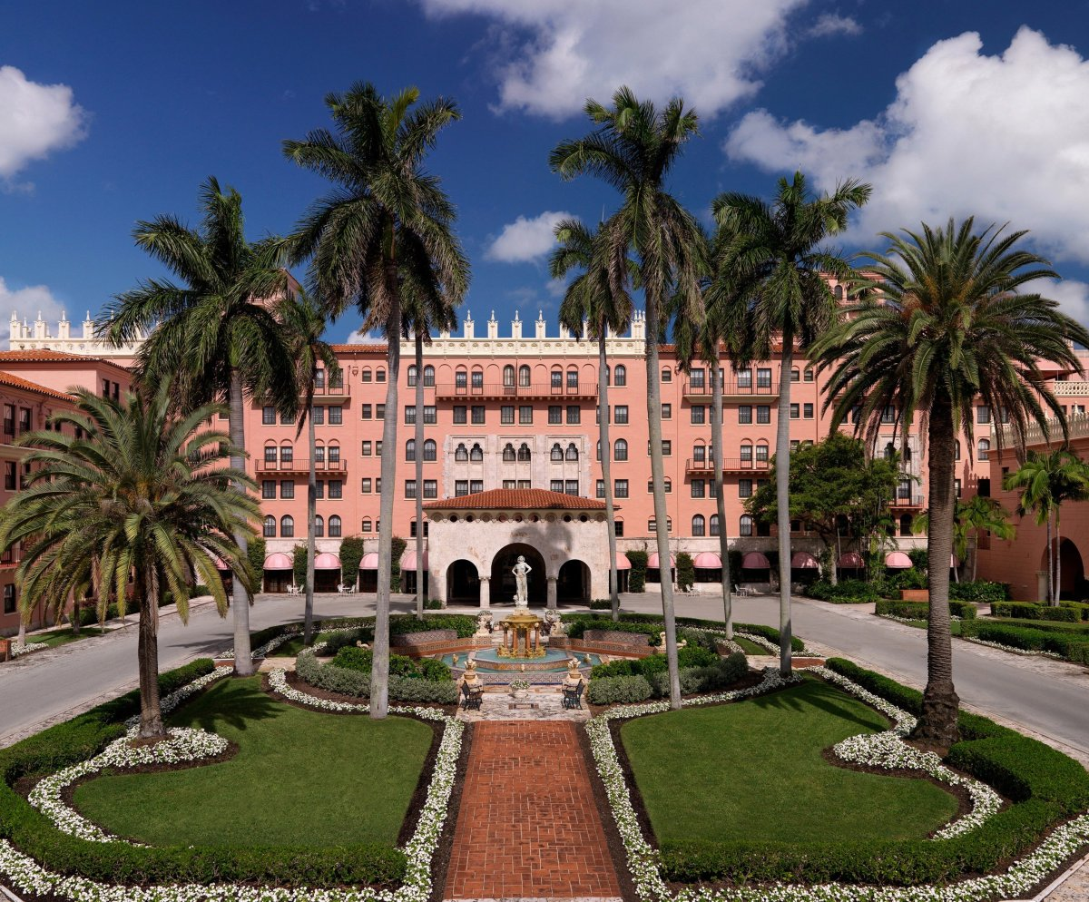At first sight, the Boca Raton Resort and Club, originally modeled after a Spanish castle, inspires gasps. As a history-lover
