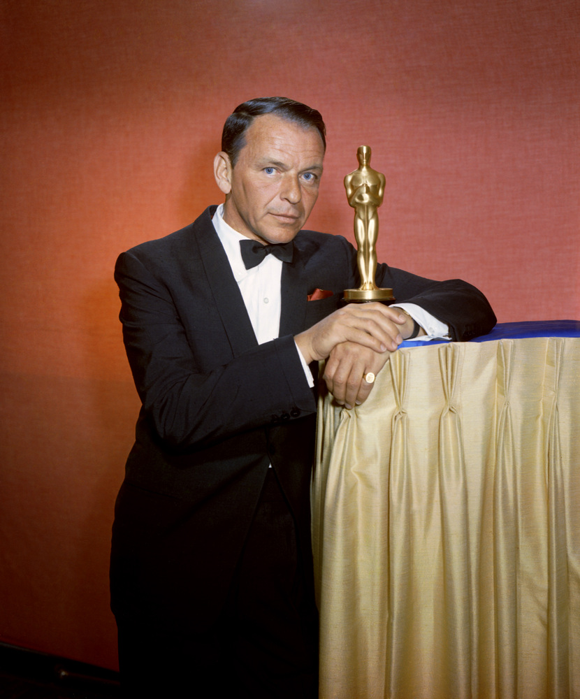 Frank Sinatra hosting the 35th annual Academy Awards in 1963.