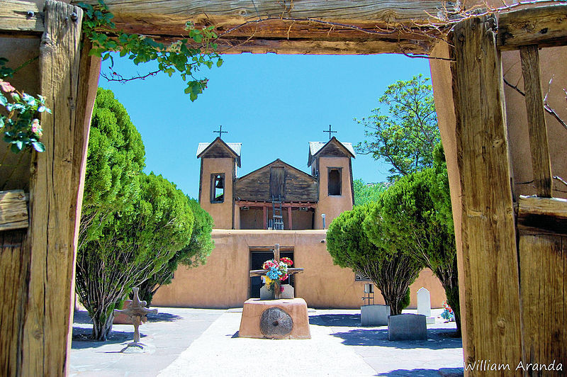 """Located roughly 30 miles north of Santa Fe, New Mexico, <a href=""""http://www.csicop.org/si/show/miracle_dirt_of_chimayo"""" targe"""
