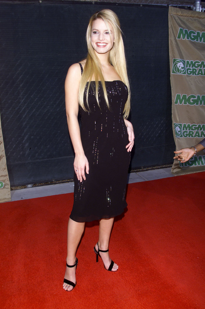 Jessica Simpson, a presenter at the 1999 Billboard Music Awards at the MGM Grand in Las Vegas, NV. 12/8/1999 (Photo by Frank