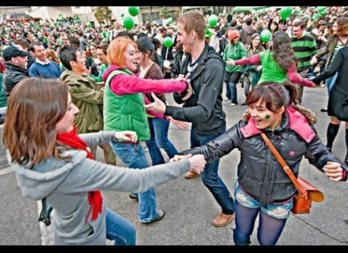 """Seoul may be more synonymous with Psy and """"Gangnam Style"""" than St. Patrick, but the Irish Association of Korea has been throw"""
