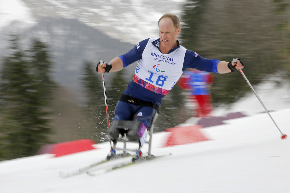 "The only double-amputee Navy SEAL in history, Lt. Cmdr. Dan Cnossen was serving as a <a href=""http://www.teamusa.org/Athletes"