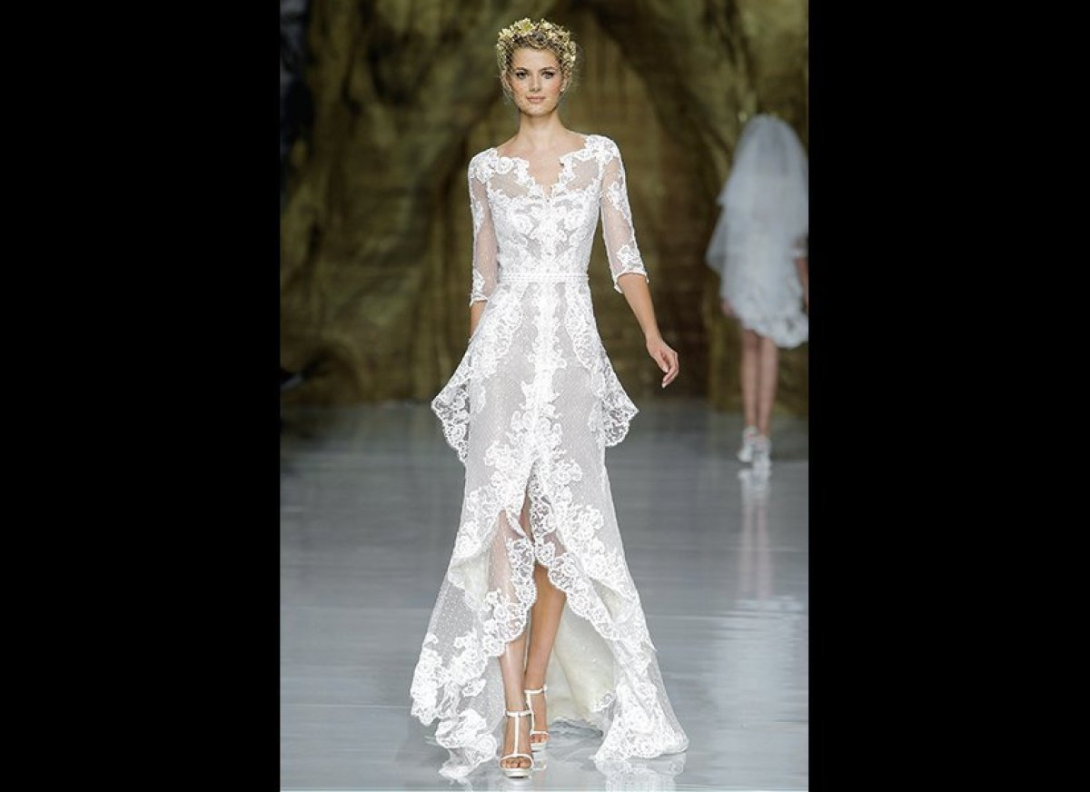 25 Lace Wedding Gowns That Will Make You Swoon | HuffPost