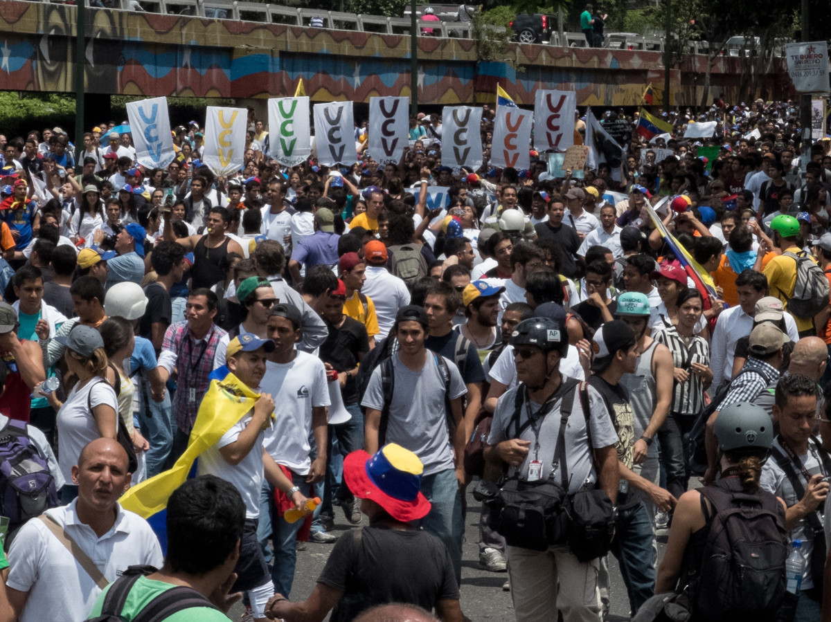 Crowds gather again for more anti-government protests