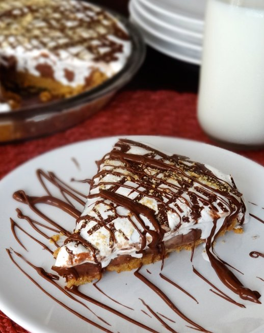 """<strong>Get the <a href=""""http://www.lifeloveandsugar.com/2013/06/18/nutella-peanut-butter-and-marshmallow-pie-no-bake/"""" targe"""
