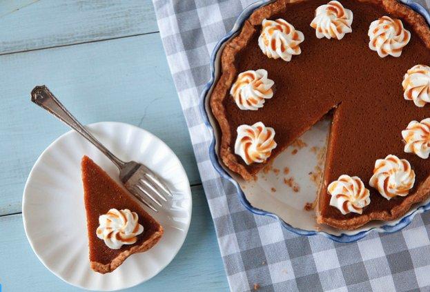 """<strong>Get the <a href=""""http://www.annies-eats.com/2013/11/15/caramel-spiked-pumpkin-pie/"""" target=""""_blank"""">Caramel Spiked Pu"""
