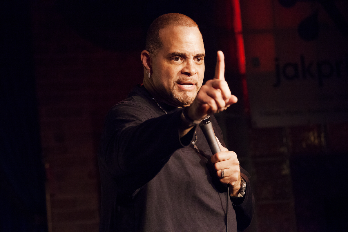 """<a href=""""http://schedule.sxsw.com/2014/events/event_CE00018"""" target=""""_blank"""">The Laugh Button Live With Gotham Comedy Club</a"""