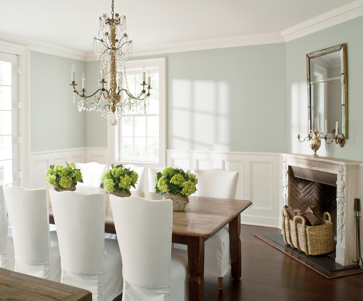 The top 5 paint colors for apartments are hardly colors at for Is benjamin moore paint good
