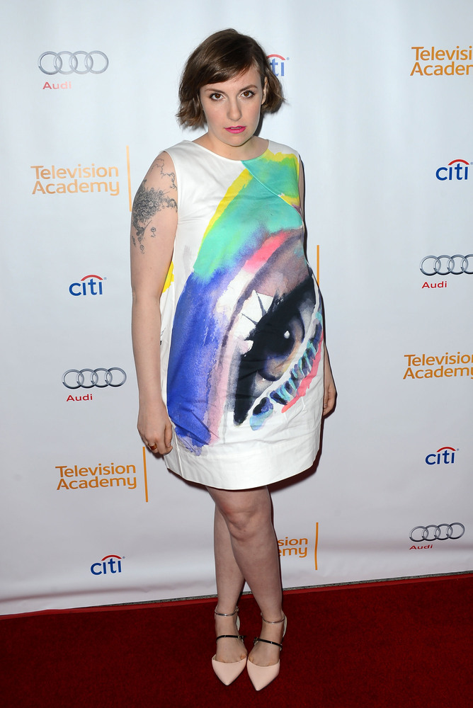 Lena Dunham Poses In A Bra And Underwear Because She Can  2d05d817f