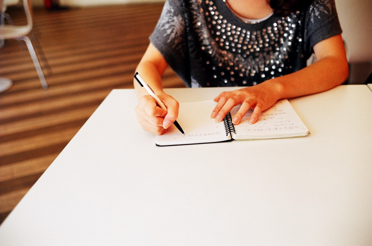 """Can't sort out how you're feeling? Putting pen to paper could help. A 2012 study <a href=""""http://pss.sagepub.com/content/earl"""