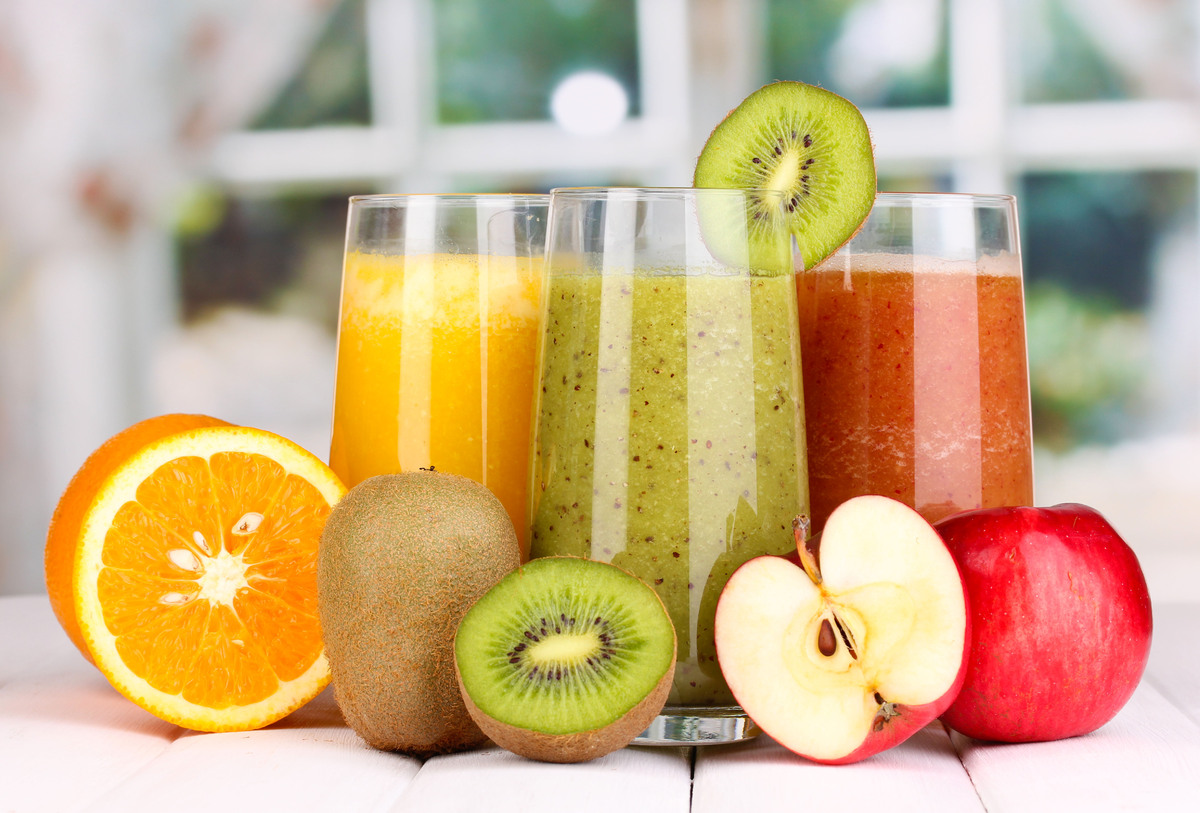 """Whole fruits are great to eat because they have insoluble fibre that helps with digestion. <a href=""""http://doctormurray.com/"""""""