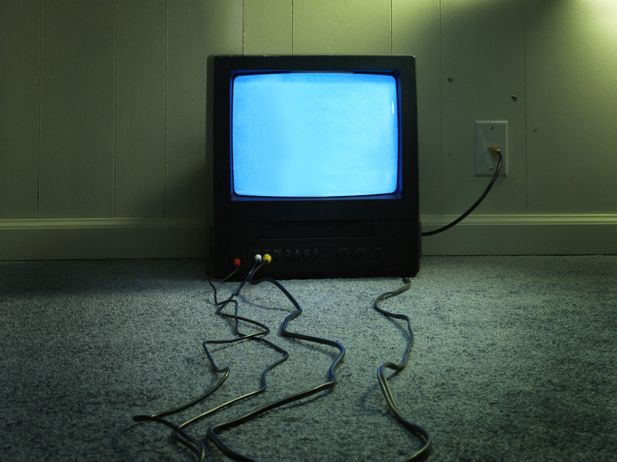 Do you have a job that keeps you near a television? If so, you're in luck!<br><br>Far and away the easiest way to watch the f