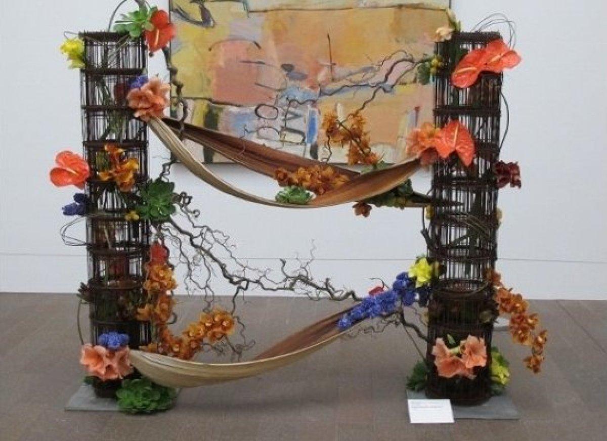 "At the de Young Bouquets to Art show: Kren P. Rasmussen of Bloomster's playful comment on Richard Diebenkorn's, ""Berkeley No."