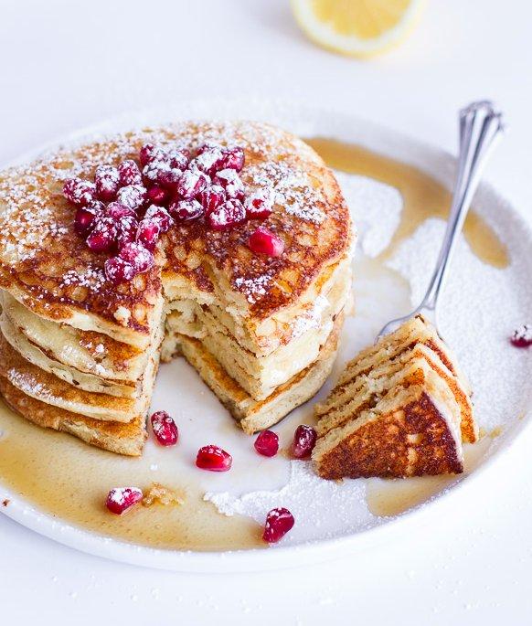 "<strong>Get the<a href=""http://www.halfbakedharvest.com/lemon-ricotta-pancakes/"" target=""_blank""> Lemon Ricotta Pancakes reci"