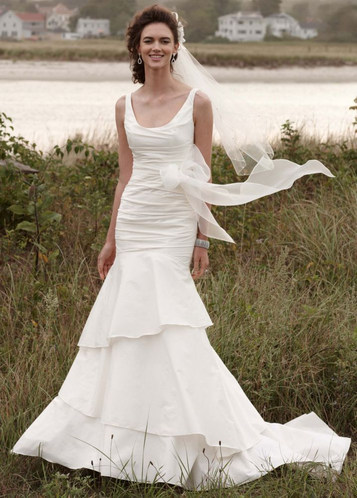 10 Gorgeous Gowns For Under $500 | HuffPost