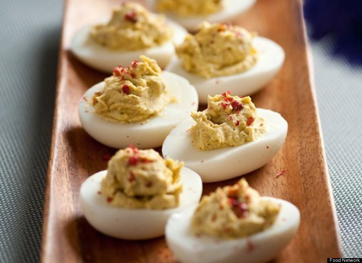 """<strong>Get the <a href=""""http://www.foodnetwork.com/recipes/alton-brown/4-pepper-deviled-eggs-recipe/index.html"""">4-Pepper Dev"""
