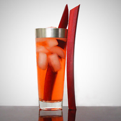 """<strong>Get the <a href=""""http://www.sippitysup.com/rhubarb-gin-tonic"""" target=""""_hplink"""">Rhubarb Gin & Tonic recipe</a> from Si"""