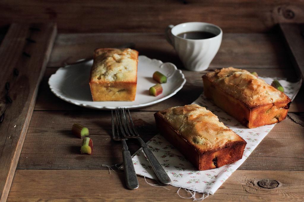 "<strong>Get the <a href=""http://www.pastryaffair.com/blog/rhubarb-vanilla-pound-cake.html"" target=""_blank"">Rhubarb Vanilla Po"