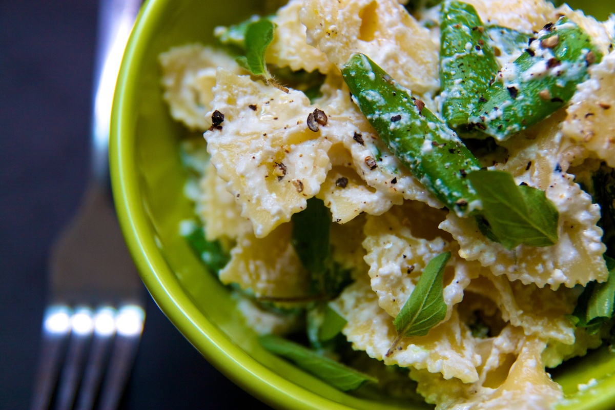"""<strong>Get the <a href=""""http://food52.com/recipes/5118-farfalle-with-lemon-scented-ricotta-sugar-snap-peas-and-oregano"""" targ"""