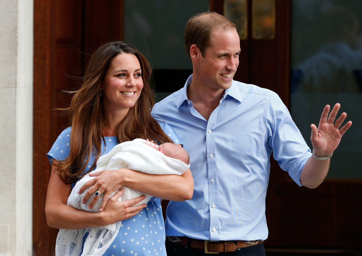 Photographers waited outside St. Mary's Hospital in London to get the first shots of Prince George of Cambridge. All four cor