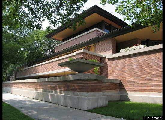 "Location: Chicago <br> Built: 1908-1910 <br><a href=""http://www.flwright.org/visit/robiehouse"" target=""_blank"">More info</a><"