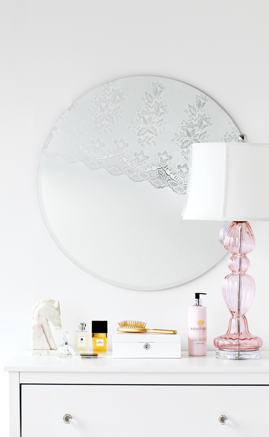 "Up your feminine bedroom decor using a few simple materials to change your boudoir mirror in a big way.  Find the <a href=""ht"