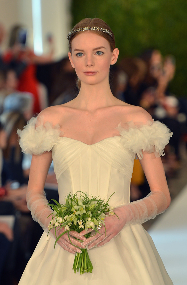 Oscar De La Renta Spring 2015 Bridal Collection