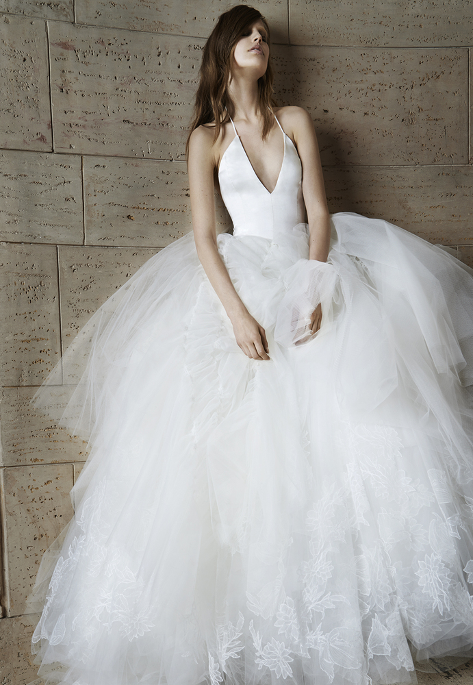 <em>Vera Wang Spring 2015 Bridal Collection</em>