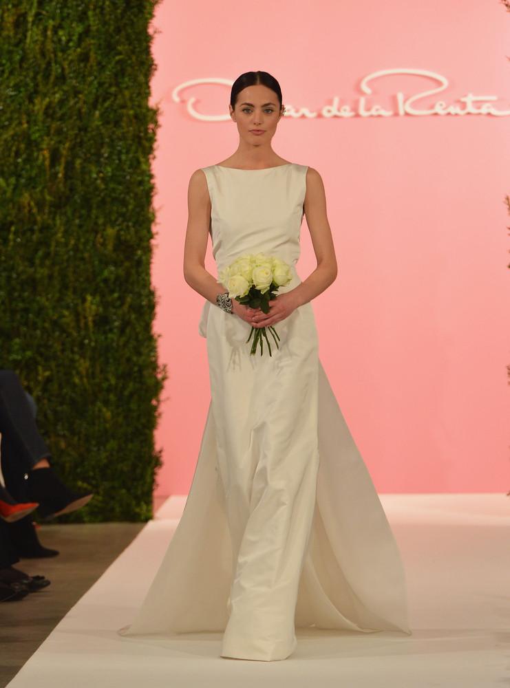 <em>Oscar de la Renta Spring 2015 Bridal Collection </em>