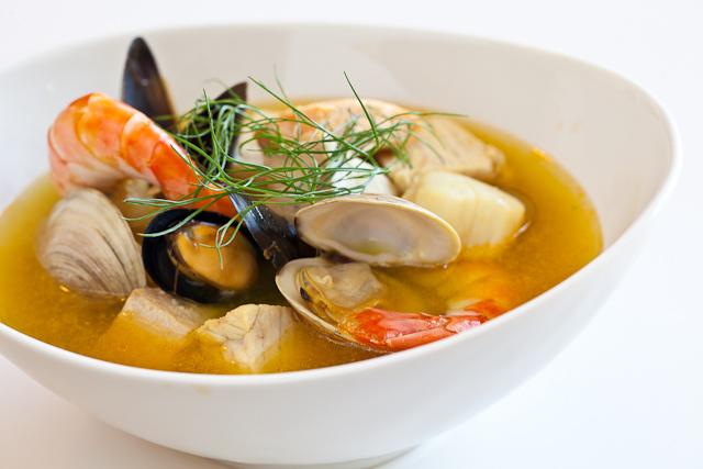 "<strong>Get the <a href=""http://www.steamykitchen.com/15777-bouillabaisse-recipe.html"" target=""_blank"">Bouillabaisse recipe</"