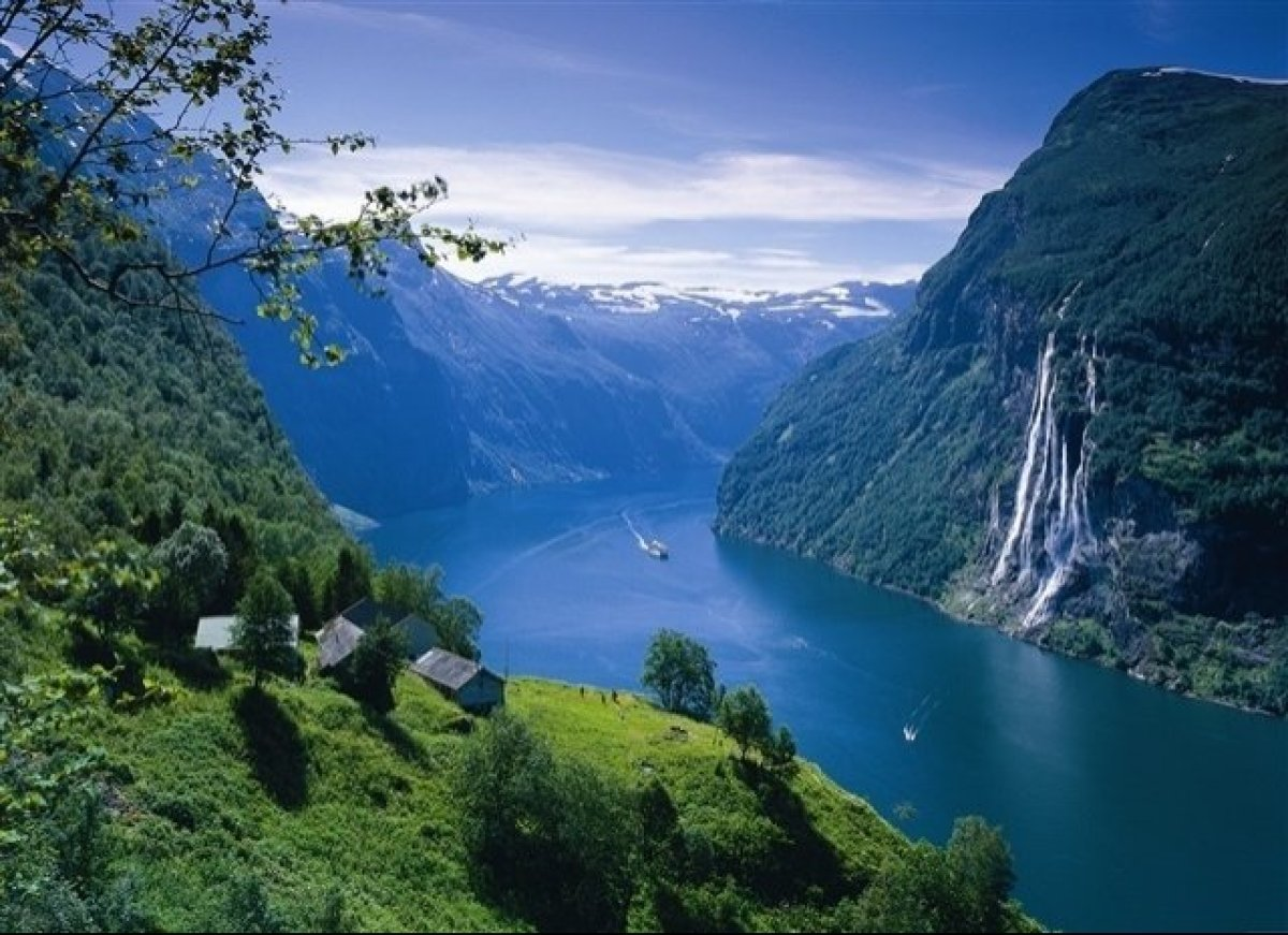 Norway S Floating Snowflake Hotel Is A Five Star Fjord Paradise Natural Geirangerfjord