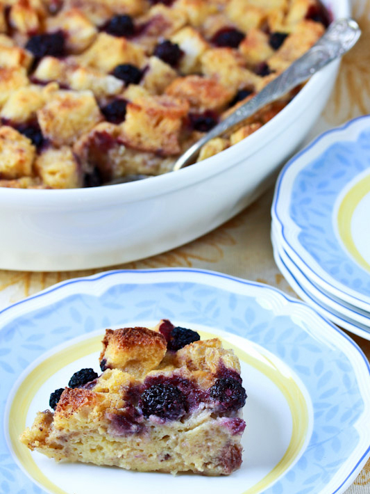 """<strong>Get the <a href=""""http://www.aspicyperspective.com/2012/05/old-fashioned-vanilla-bread-pudding.html"""" target=""""_blank"""">V"""