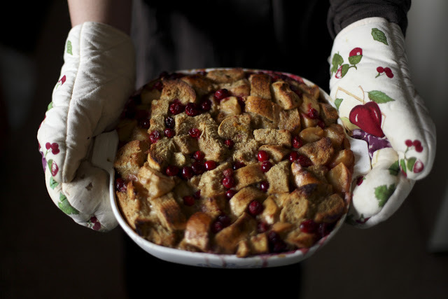 """<strong>Get the <a href=""""http://alwayswithbutter.blogspot.com/search?q=bread+pudding"""" target=""""_blank"""">Cranberry Apple Bread P"""