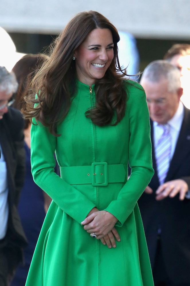 CANBERRA, AUSTRALIA - APRIL 24:  Catherine, Duchess of Cambridge arrives at the Portrait Gallery on April 24, 2014 in Canberr