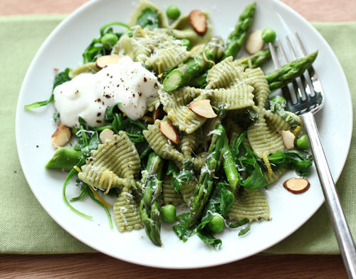 """<strong>Get the <a href=""""http://www.foodiecrush.com/2012/04/craving-spring-greens-asparagus-and-ricotta-pasta/"""" target=""""_blan"""