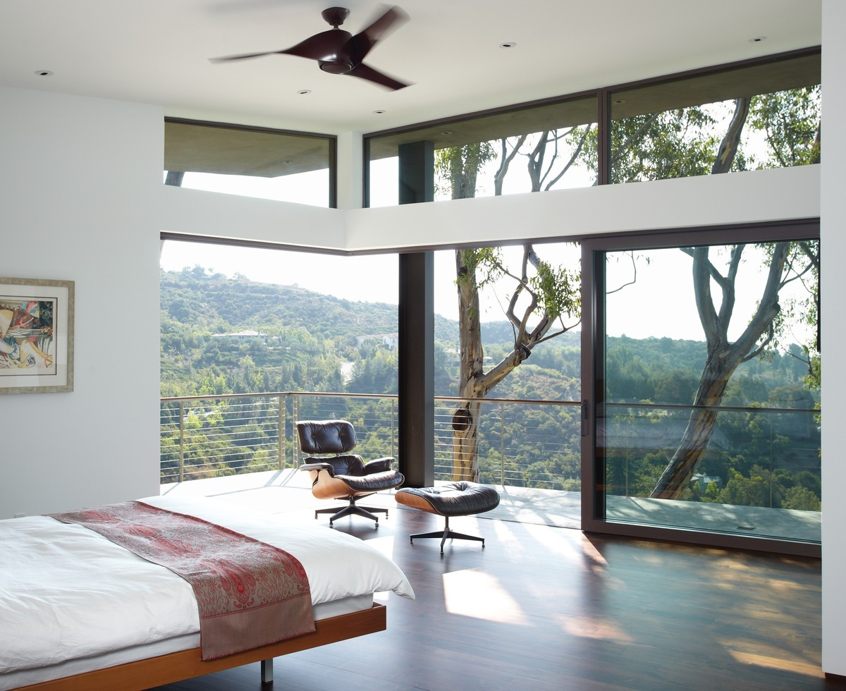 These 10 Beautiful Bedrooms Have Some Of The Most Incredible Views (PHOTOS)